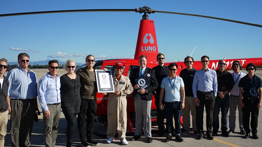 Electric Helicopter record-breaking feat group photo