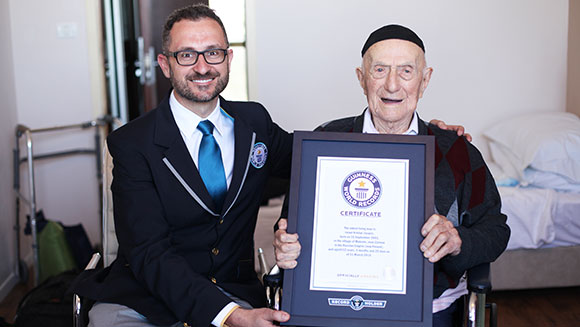 Guinness World Records announces new Oldest man Israel Kristal header