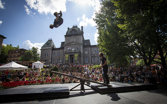 Most consecutive backflips on a teeter board Canada