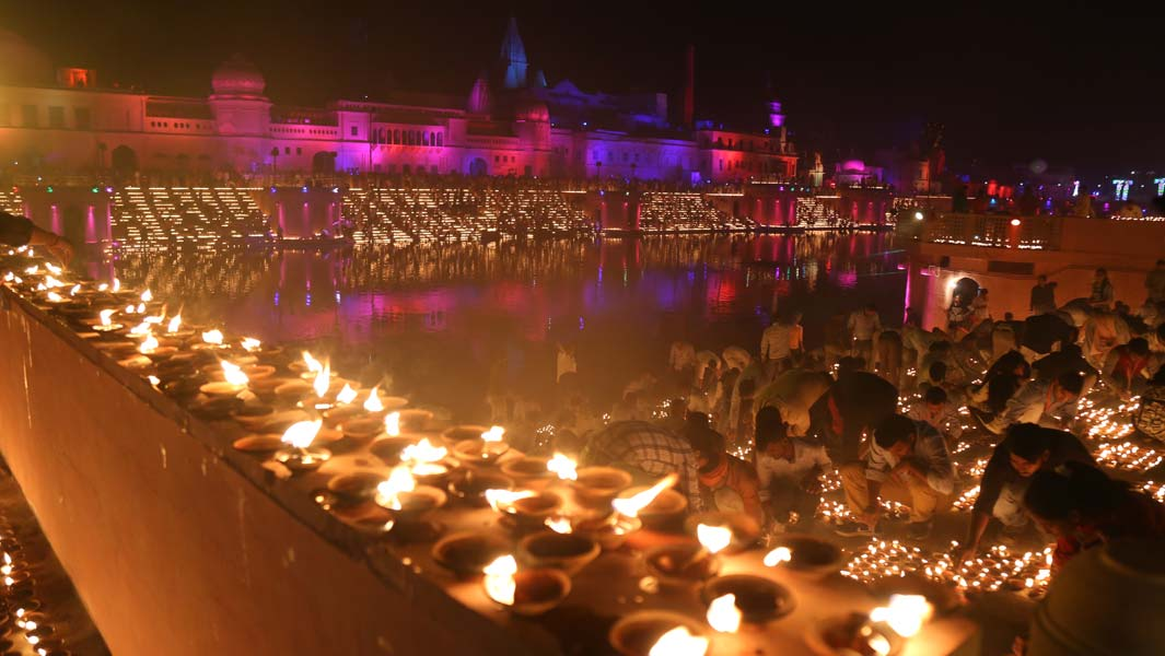 The largest display of oil lamps featured more than 300,000 lamps in the Indian city of Ayodgya